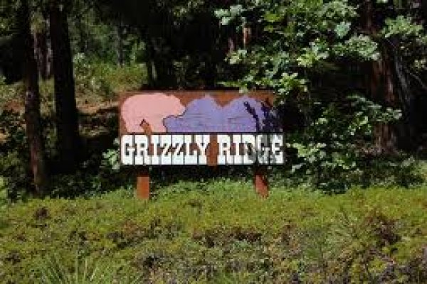 Grizzly Ridge, CA